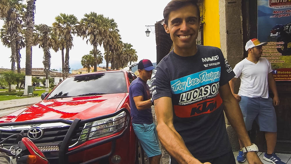 Thanking José, the owner of Moto Tours, for a trusty bike and great trip