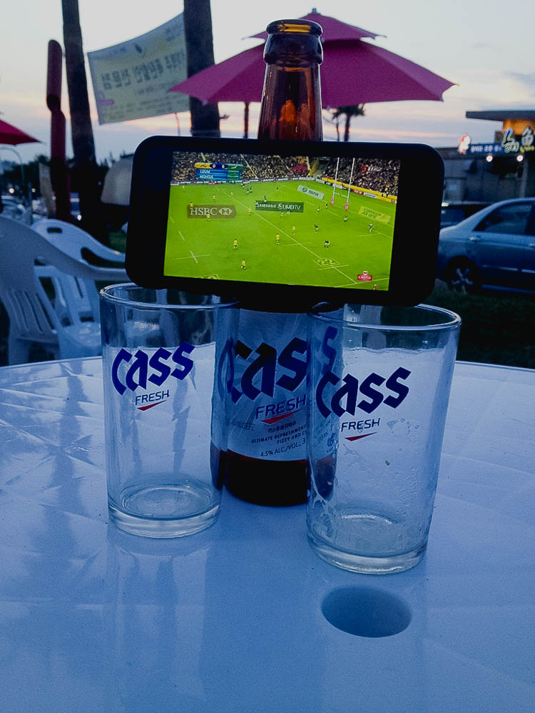 watching the rugby on Faan's iPhone. Photo Credit: Faan Rabie